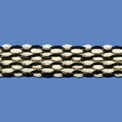 <strong>O71/2/33</strong> - Narrow Lace Zig Zag / Black/ Butter
